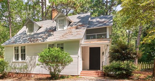 Photo of 405 E Vermont Avenue, Southern Pines, NC 28387 (MLS # 207984)