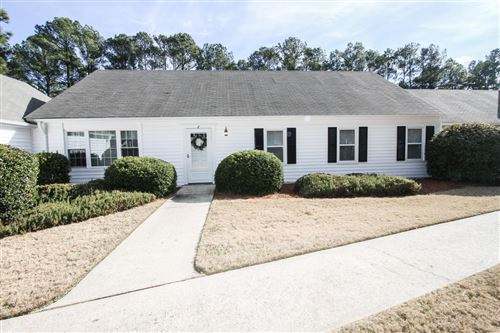 Photo of 2 Village Green Circle, Southern Pines, NC 28387 (MLS # 197996)