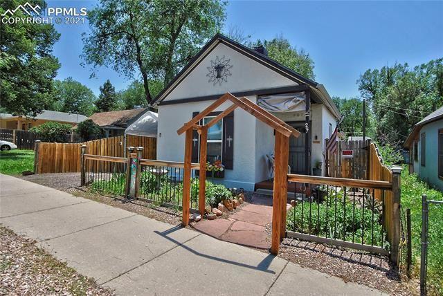 907 E Cucharras Street, Colorado Springs, CO 80903 - #: 8675007
