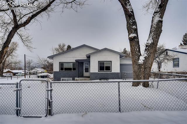 1012 N Iowa Avenue, Colorado Springs, CO 80909 - #: 3173020