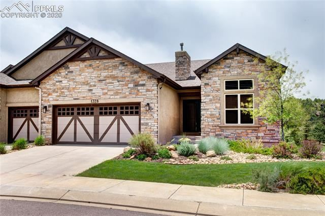 Photo for 1328 Longs Point Point, Woodland Park, CO 80863 (MLS # 2685035)