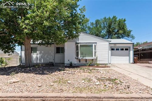 Photo of 320 Edgewood Drive, Colorado Springs, CO 80907 (MLS # 4695040)