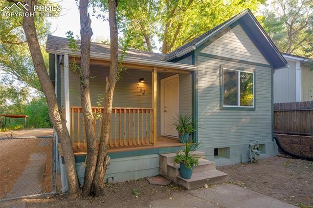 Photo for 734 E Cache La Poudre Street, Colorado Springs, CO 80903 (MLS # 2314249)