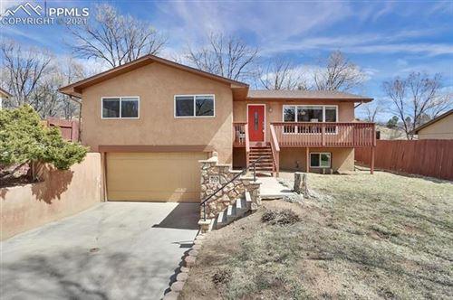 Photo of 919 Pioneer Lane, Colorado Springs, CO 80904 (MLS # 6430314)