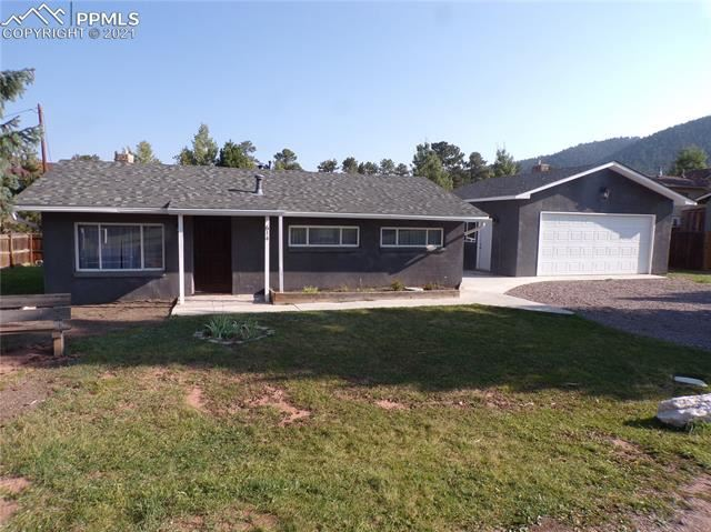 Photo for 614 N Park Drive, Woodland Park, CO 80863 (MLS # 4308333)