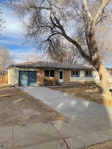 320 Longfellow Drive, Colorado Springs, CO 80910 - #: 3567475