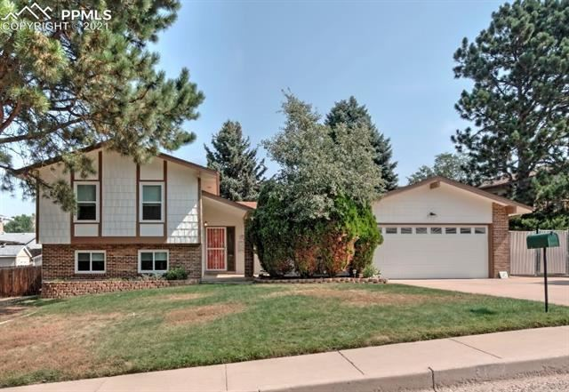 3172 Squaw Valley Drive, Colorado Springs, CO 80918 - #: 8443509