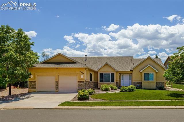 Photo for 2325 Vanreen Drive, Colorado Springs, CO 80919 (MLS # 8990604)