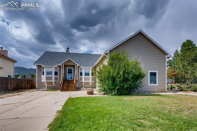 Photo for 4575 Granby Circle, Colorado Springs, CO 80919 (MLS # 4565623)
