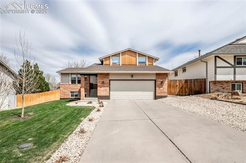 Photo of 11 Sandcastle Court, Pueblo, CO 81001 (MLS # 3576629)