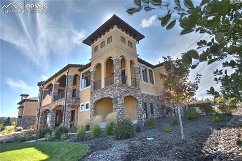Photo of 1814 Vine Cliff Heights, Colorado Springs, CO 80921 (MLS # 8430715)