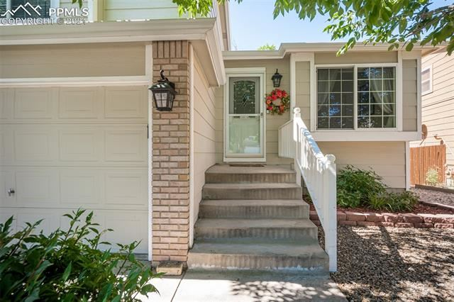 5820 Granby Hill Drive, Colorado Springs, CO 80923 - #: 8392759