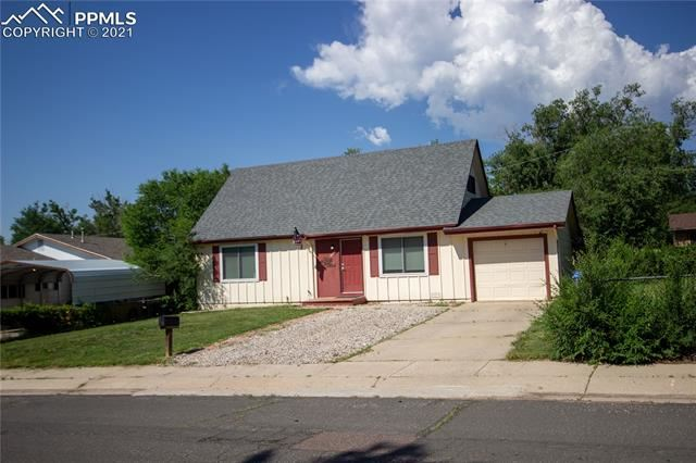 2136 Whitewood Drive, Colorado Springs, CO 80910 - #: 5487824