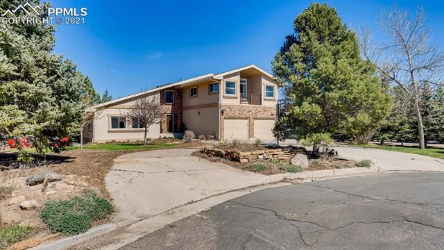 Photo for 810 Broadview Place, Colorado Springs, CO 80904 (MLS # 8347910)