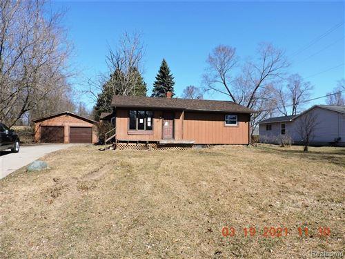 Photo of 4047 S FENTON Road, Rose Township, MI 48442 (MLS # 2210008000)