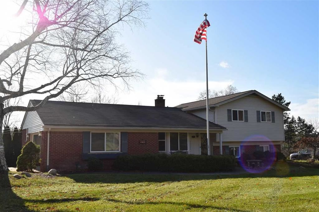 Photo for 6659 BALMORAL TERRACE, INDEPENDENCE Township, MI 48346 (MLS # 5050001012)