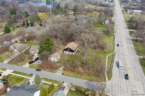 Photo of 5321 ROCHESTER Road, Troy, MI 48085 (MLS # 2210033016)