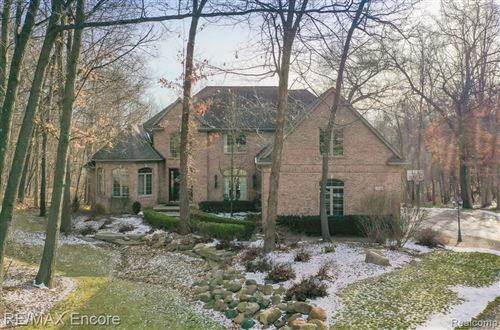 Photo of 7686 DEVINS Ridge, Independence Township, MI 48348 (MLS # 2210000026)