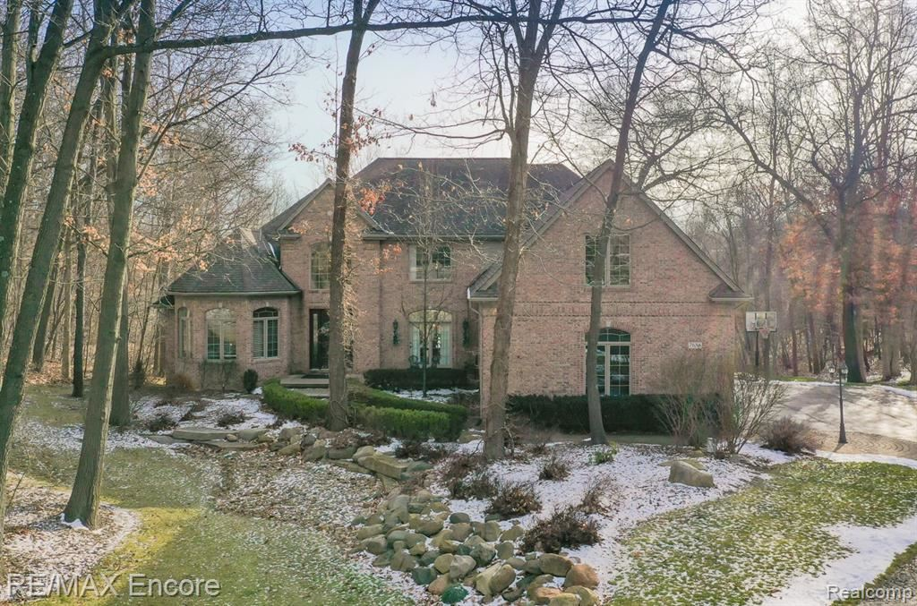 Photo for 7686 DEVINS Ridge, Independence Township, MI 48348 (MLS # 2210000026)