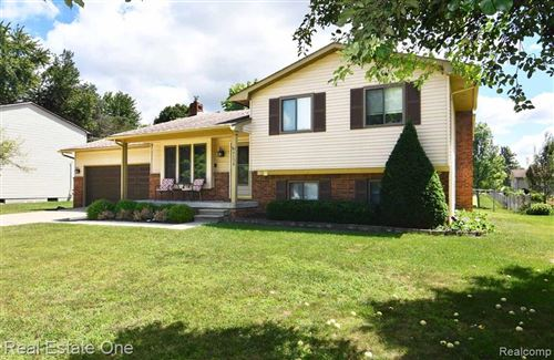 Photo of 7134 SNOW APPLE Drive, Independence Township, MI 48346 (MLS # 2200080031)