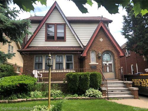 Photo of 5950 WHITTIER ST Street, Detroit, MI 48224 (MLS # 2200040035)