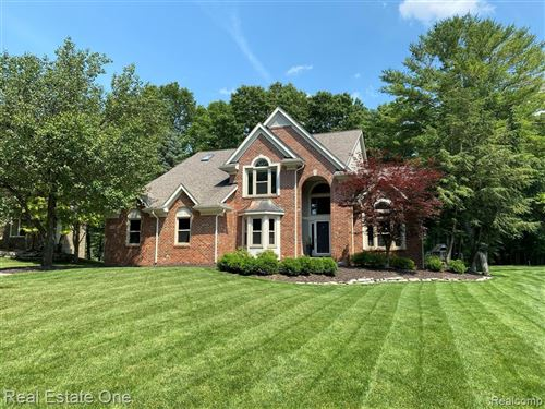Photo of 244 Indian Trail, Orion Township, MI 48362 (MLS # 2210055037)