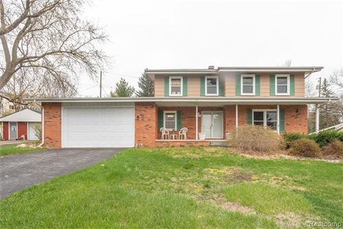 Photo of 4871 CLARKSTON Road, Independence Township, MI 48348 (MLS # 2210029041)