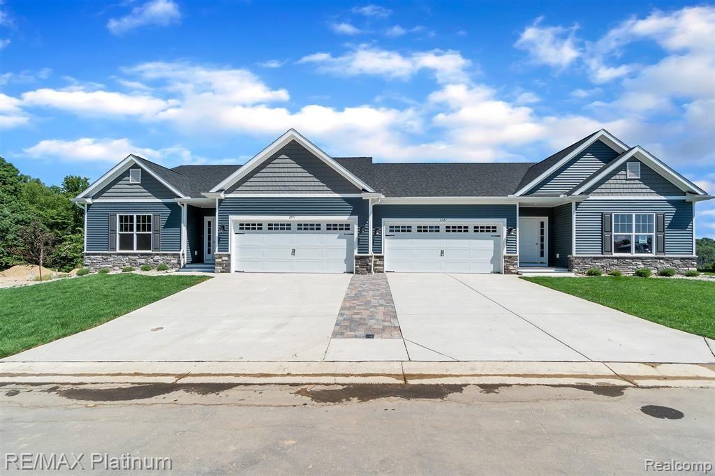 2727 BLUE SKY Drive #27, Oceola Township, MI 48843 - #: 2200049043