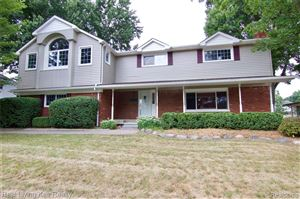 Photo of 6211 WESTMOOR Drive, Shelby Township, MI 48316 (MLS # 219084049)