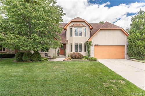 Photo for 2865 WOODFORD Drive, Sterling Heights, MI 48310 (MLS # 2200063059)