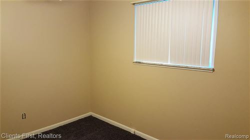 Tiny photo for 4436 BEDFORD Street, Dearborn Heights, MI 48125 (MLS # 2200061060)