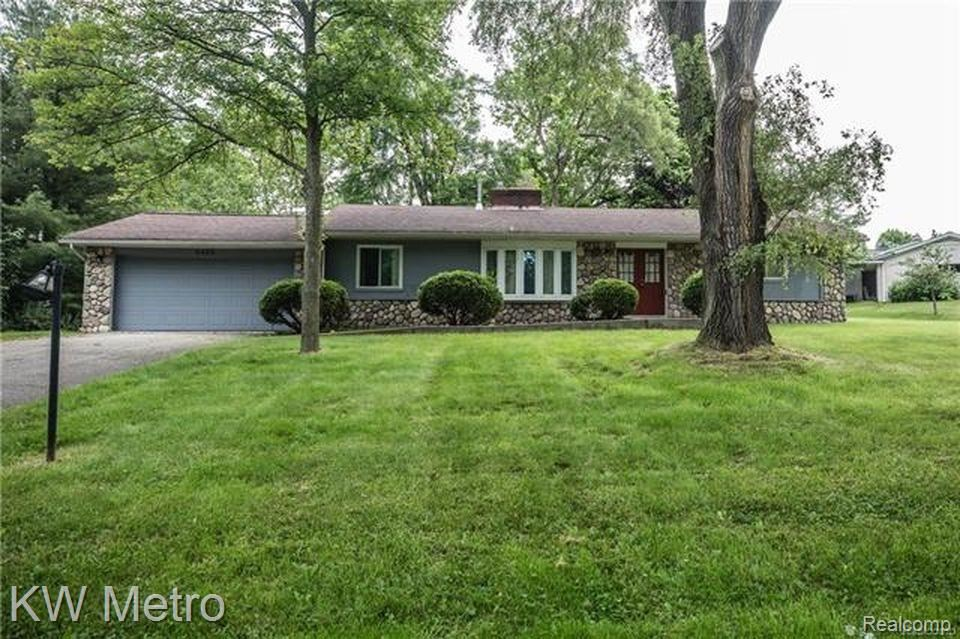 2825 COLONIAL Way, Bloomfield Township, MI 48304 - #: 2210019066