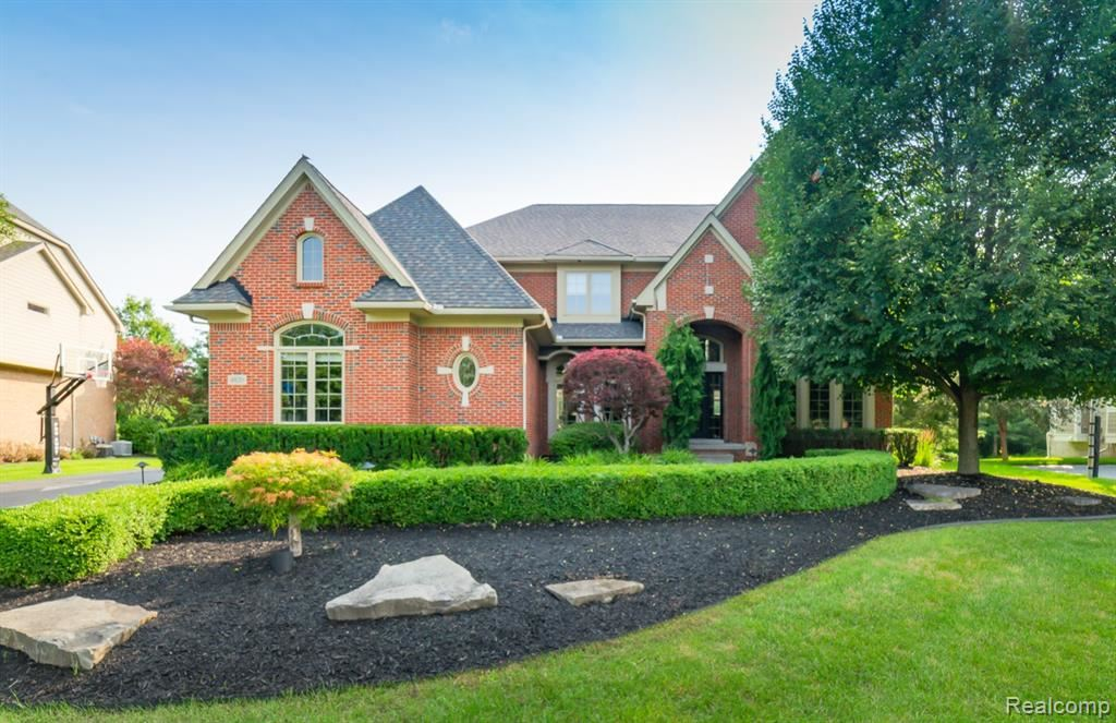 Photo for 4820 EAGLE SPRINGS Court, Independence Township, MI 48348 (MLS # 2210059069)