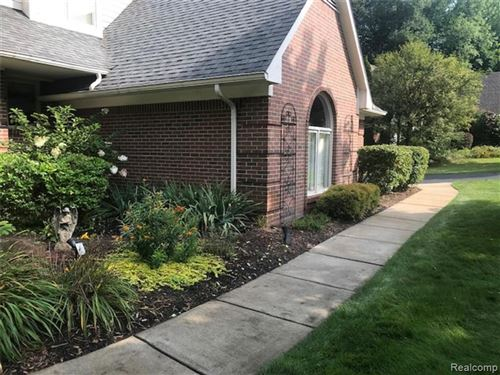 Tiny photo for 10008 MAPLE VALLEY Drive, Springfield Township, MI 48348 (MLS # 2210071070)