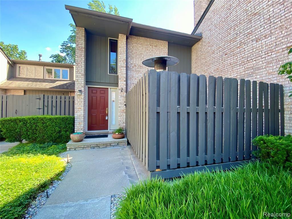 41350 WOODWARD Avenue #2, Bloomfield Hills, MI 48304 - #: 2210061070