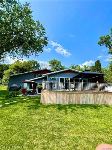 Tiny photo for 5431 VANDEWATER Avenue, Independence Township, MI 48346 (MLS # 2210056083)
