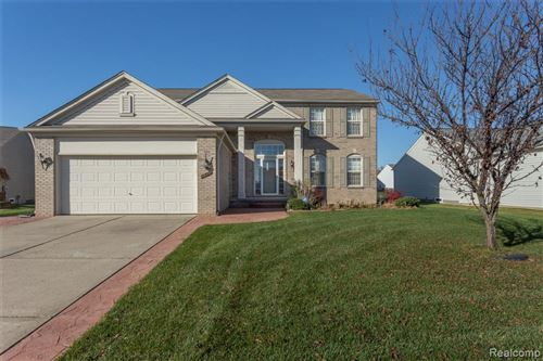 Photo of 56711 INLAND Court, Macomb Township, MI 48042 (MLS # 2200095115)