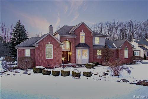 Photo of 6849 WOODCREST Ridge, Independence Township, MI 48346 (MLS # 2200013119)