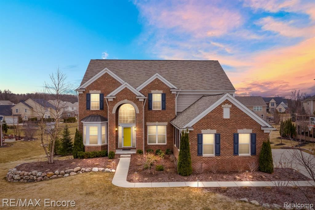 Photo for 4459 Middlesboro, Independence Township, MI 48348 (MLS # 2210016127)