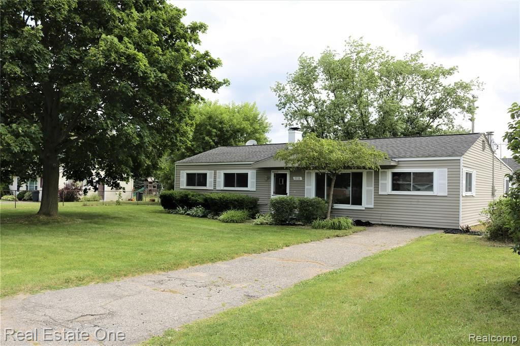 Photo for 5510 MARY SUE Street, Independence Township, MI 48346 (MLS # 219063133)