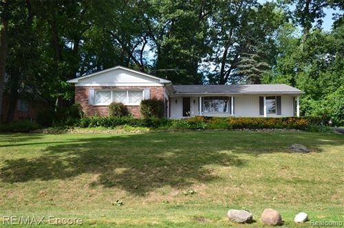Photo of 6474 WELLESLEY TER, Independence Township, MI 48346 (MLS # 2200086142)