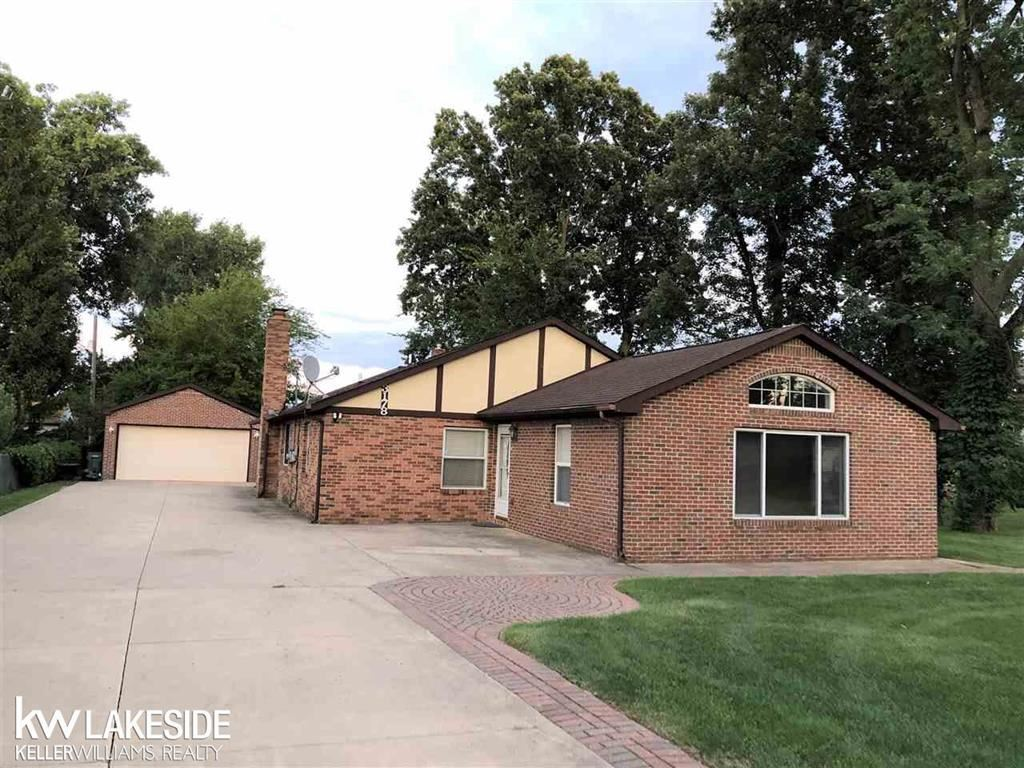 Photo for 3178 DALEY, TROY, MI 48084 (MLS # 58031392152)