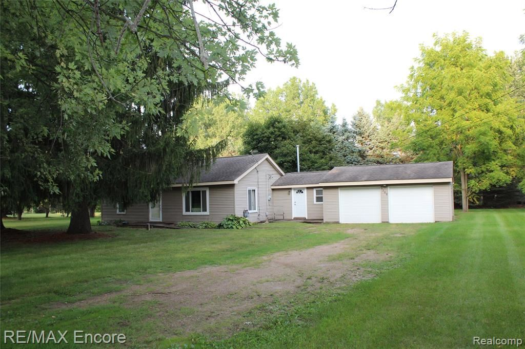 Photo for 5260 WESTVIEW Road, Independence Township, MI 48346 (MLS # 219092155)