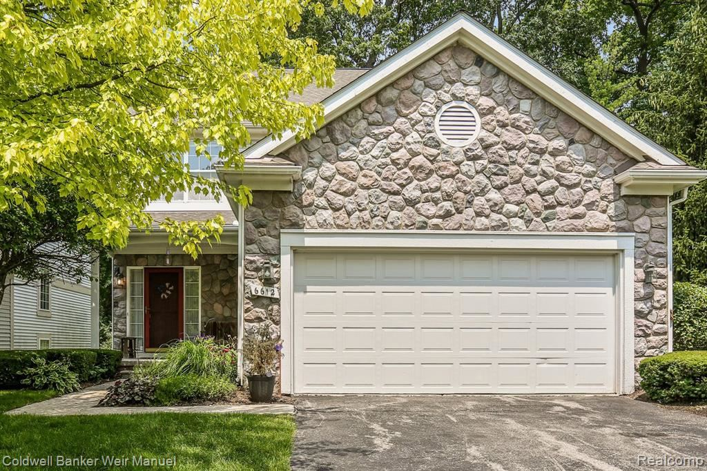 Photo for 6612 Pond View Road, Independence Township, MI 48348 (MLS # 2210053173)