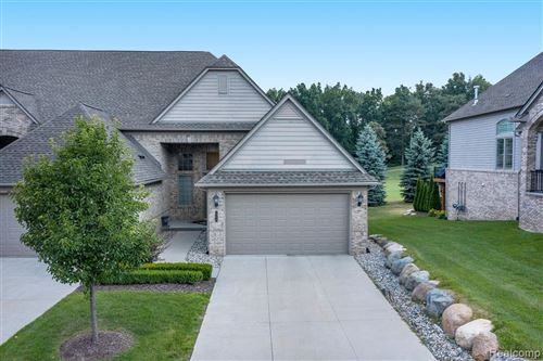 Photo of 5756 KNOB HILL CIR KNOB HILL CIRCLE #39, Independence Township, MI 48348 (MLS # 2200053174)