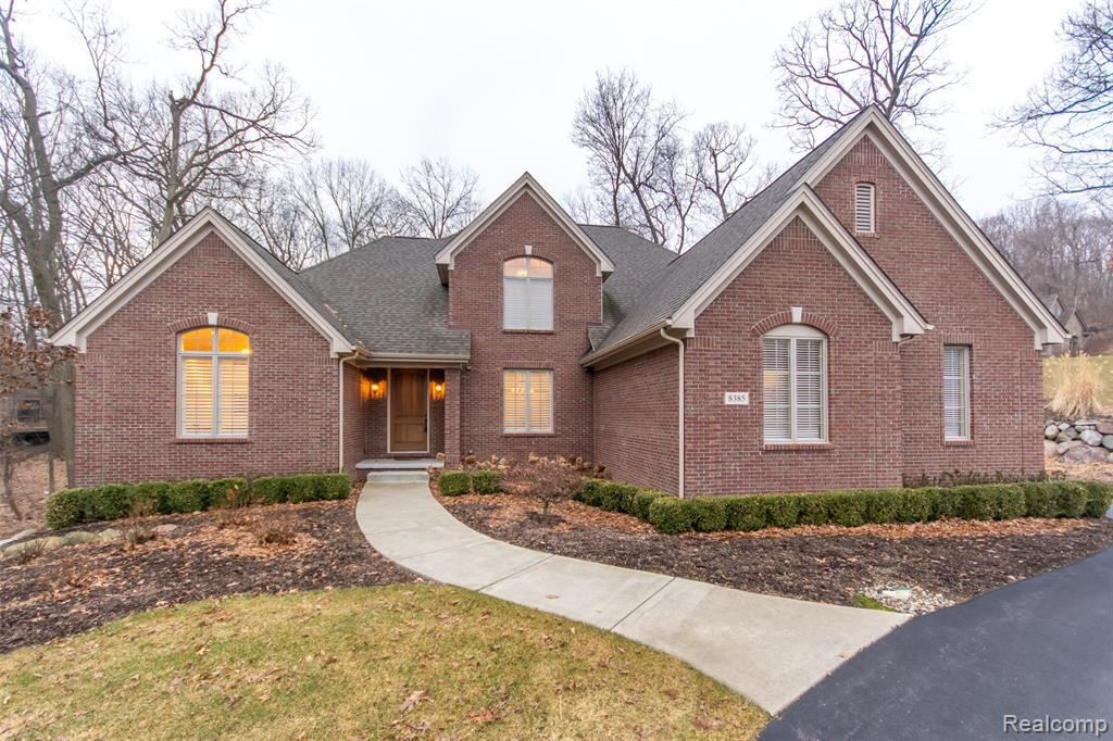 Photo for 8385 DEERWOOD Road, Independence Township, MI 48348 (MLS # 2200021197)