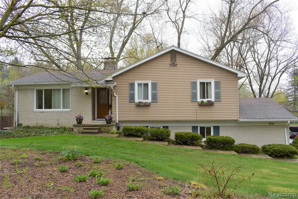 Photo for 7276 HOLCOMB Road, Independence Township, MI 48346 (MLS # 2200033198)