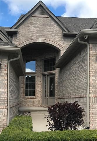 Photo for 5685 KNOB HILL CIRCLE #78, Independence Township, MI 48348 (MLS # 218090207)