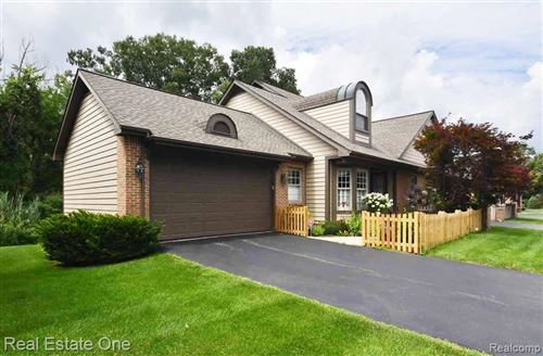 Photo of 6604 STEEPLE Ridge #19, Independence Township, MI 48346 (MLS # 2200059221)