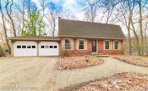 Photo of 11680 ANDERSONVILLE Road, Springfield Township, MI 48350 (MLS # 2210024221)